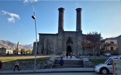 Erzurum, Bir Doğu Hikayesi